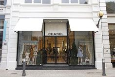 Fashion Blog | Chanel Opens In Perth. http://thefashioncatalyst.com/site/2012/12/chanel-opens-in-perth/