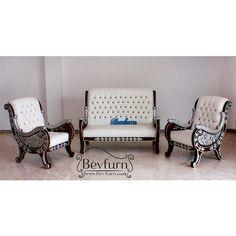 Raffi chair