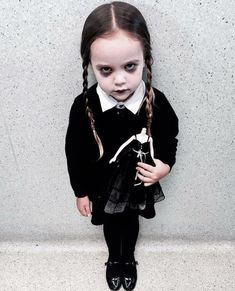 40 Fierce Halloween Ideas If You Hate The 'Girl Costume' Aisle | HuffPost