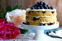 Kakku mustikkapiirakoista valmistuu nopeasti ja helposti Krispie Treats, Rice Krispies, Sweet Bakery, Vanilla Cake, Muffins, Cheesecake, Food And Drink, Baking, Desserts