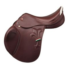 This saddle looks awesome!  http://www.arkaequipe.com/collections/saddles/products/prestige-arezzo