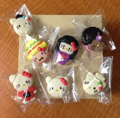 Hello Kitty Macarons from Honey & Butter Macarons