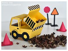 Make your own Paper Dump Truck - great for party decor!