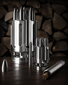 The rotating cylinder glides on real ball-bearings and utilizes a ratchet mechanism to create the legendary soundscrape of a colt revolver. If you are fan of serendipity, just roll the barrel and let Themis decide which is the lucky winner out of your favorite cigars.