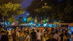 Night Market Philadelphia is a seasonal celebration of food, music and community held in the city's vibrant neighborhoods. Philadelphia Neighborhoods, Food Truck Events, Visit Philadelphia, Visit Philly, Philly Style, Best Food Trucks, Free Hotel, Hotel Packages, Seasonal Celebration