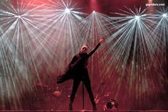 Shirley Manson, Garbage Shirley Manson, Stupid Girl, Alternative Rock Bands, Blondie Debbie Harry, Rock And Roll Bands, When It Rains, Rock Music, Singer, Concert