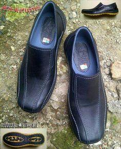 https://www.tokopedia.com/sabukkulitmurah/sepatu-casual-kulit-asli-kickzions-gps-012