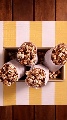 Real Food Recipes, Dessert Recipes, Yummy Food, Amazing Food Videos, Sweet Popcorn, Confort Food, Popcorn Recipes, Tiny Food, Miniature Food