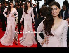 Gauri and Nainika nice colour and design