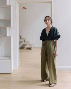 wide trousers outfit