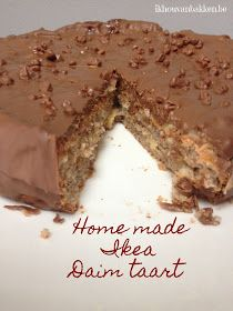 Recept Home made Ikea Daim taart Cake Receipe, Torte Recipe, Chocolate Almond Cake, Almond Cakes, Sweets Recipes, Just Desserts, Daim Cake, Delish Cakes, Scandinavian Food