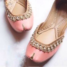 Pink Shoe with Pearl and stone work Wedding Shoes Bride, Bridal Shoes, Pump Shoes, Shoes Sandals, Flat Sandals, Wedding Slippers, Indian Shoes, Punjabi Fashion, Espadrilles
