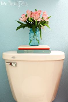Bathroom Decor: Simple & Colorful Display On The Back Of The Toilet Maybe even fake flowers Bathroom Inspiration, Home Decor Inspiration, Bathroom Ideas, Bathroom Makeovers, Bathroom Mirrors, Downstairs Bathroom, Budget Bathroom, Bathroom Fixtures, Modern Bathroom