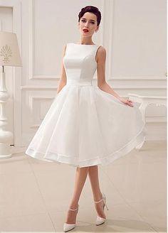 Elegant Organza & Satin Bateau Neckline Natural Waistline A-line Wedding Dress With Handmade Bowknot