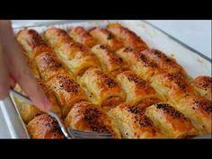 Çok beğeneceğinizi düşündüğümüz muhteşem bir lezzet bu 3 yufkadan 1 tepsi buzluk böreği tarifi. İster hemen yapın, isterseniz de buzluğa atıp, canınız her Cheese Patties, Vegan Vegetarian, Vegetarian Recipes, Cheese Wrap, Puff Recipe, How To Make Cheese, Turkish Recipes, Bon Appetit, Hot Dog Buns