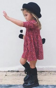 in this gallery of toddler dress outfit ideas will give you the top spring designs for cute and stylish little girls alike, giving a lot of alternatives. Toddler Girl Style, Toddler Girl Dresses, Toddler Outfits, Girls Dresses, Dress Girl, Stylish Toddler Girl, Stylish Little Girls, Little Girl Outfits, Stylish Kids