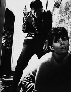 Wait Until Dark. (1967) Scary Movies, Great Movies, Golden Age Of Hollywood, Old Hollywood, Classic Hollywood, Hollywood Style, British Actresses, Actors & Actresses, Films Cinema