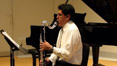 Up until this afternoon, my favorite way of introducing the bass clarinet to students was via Miles Davis, Stravinsky & Herbie Hancock.  But now I need to throw this - bass clarinet masquerading as cello on Bach's Cello Suite No. 1 - into the mix.  Wicked cool!  :-) - Prelude from Cello Suite No. 1 by J.S. Bach - Bass Clarinet (HD)