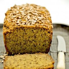 I can't eat gluten, corn or eggs and this is the best and easiest to make bread. Pan Paleo, Gluten Free Desserts, Dessert Recipes, Sin Gluten, Dairy Free Eggs, Egg Free, High Fiber Foods, Bread Cake, Healthy Baking