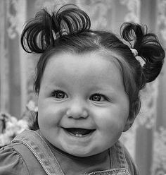 Ja tinc dues dentetes! Beautiful Smile, Beautiful Children, Beautiful Babies, Precious Children, Cute Kids, Cute Babies, Baby Kids, Smile Face, Make You Smile