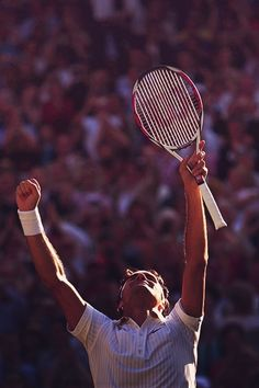A respectable athlete! Roger Federer, Pro Tennis, Tennis Legends, Tennis World, Mr Perfect, Sports Fanatics, Its A Mans World, Tennis Players, Zombie Apocalypse