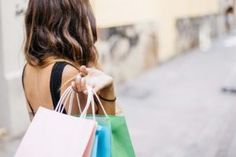 BLACK FRIDAY is finally here yall! The time to save money and shop your heart out (within budget of course! Here is a list of stores that is currently participating in Black Friday + Cyber… Primark, Sephora, Fashion Online Shop, Batam, Der Arm, Bons Plans, Shopping Hacks, Shopping Spree, Online Shopping