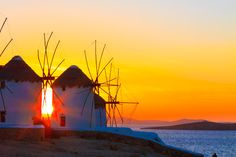 The windmills on top of Mykonos Town... Every time a new inspiration...