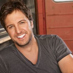 Luke Bryan ♥ my favorite person ever! I would LOVE to meet him!!!!