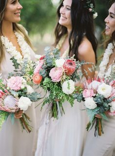 Colorful wedding bouquets: http://www.stylemepretty.com/2017/05/24/puakea-ranch-spring-wedding/ Photography: Christine Clark - https://www.christineclarkphoto.com/