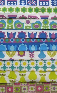 http://www.aliceapple.co.uk/2011/05/new-spoonflower-fabrics.html
