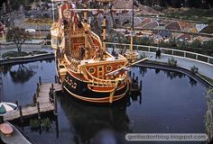 I love everything about the Pirate Ship at Disneyland.  It makes my heart smile.