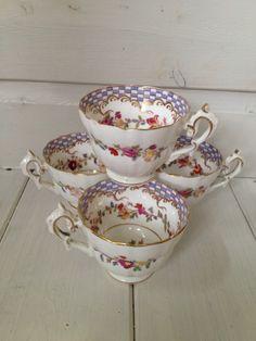 "4 BEAUTIFULLY DECORATED VERY ELEGANT TEA CUPS  ~^ ^~          "" ""    `    *"