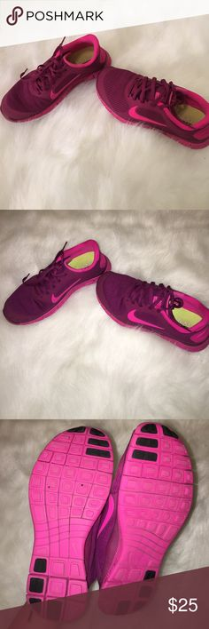 Nike tenni shoes. Purple/hotpink nike tenni shoes. SIZE 6 but, fit like like a 5.5 Nike Shoes Sneakers