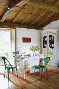 Modern rustic Spanish home - Page 6 of 9 - Fajrina Decor Colorful Interior Design, Colorful Interiors, Elle Decor, Rustic Table, Rustic Decor, Spanish House, Modern Rustic Interiors, Rustic Modern, Table Furniture
