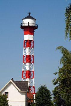 Lighthouse @ Elbe by MathiasStender