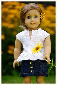 süße weiße Bluse und Jenasrock mit Knöpfchen / cute white blouse and denim skirt with buttons -  made by birti