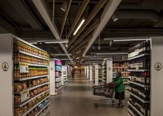 spar-flagship-store-by-lab5-07