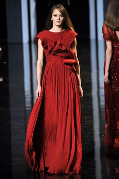 Elie Saab Fall 2010 Couture Collection Photos - Vogue#1#1