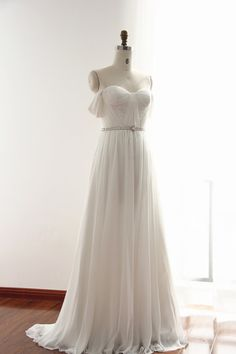 This wedding gown comes with classic sweetheart neckline with very well handmade ruched top. $298