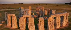 - Stonehenge, Wiltshire, Inglaterra, Idade do Bronze. Machu Picchu, Famous Monuments, Art Through The Ages, Historical Landmarks, English Heritage, What The World, Prehistory, Winter Solstice, Archaeology