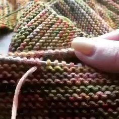 Knitting Help, Knitting Videos, Easy Knitting, Loom Knitting, Knitting Tutorials, Knitting Machine, Crochet Videos, Crochet Stitches, Knit Crochet