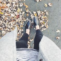"""Casual Streetwear / Everlane """"Streetshoe"""" Streetwear, Loafers, Flats, My Style, Casual, Summer, Shoes, Fashion, Street Outfit"""