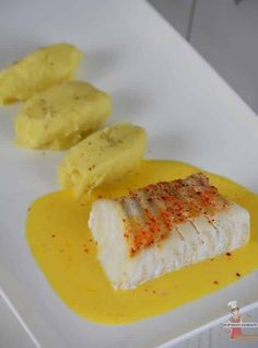 Cod cooked at low temperature served with a tangerine butter Easy Smoothie Recipes, Healthy Crockpot Recipes, Healthy Dinner Recipes, Appetizer Recipes, Cooking Recipes, Healthy Smoothie, Fish Recipes, Sweet Recipes, Chicken Recipes