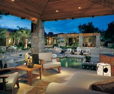 Outdoor entertainment area at its best. Can you imagine this in your back yard?