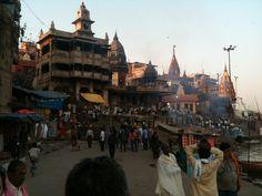 Varanasi lakópark