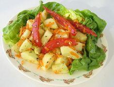 insalata light con cetrioli, pomodori e carote