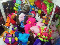 Claw Toy Machine Prank. [video]
