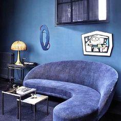 Midcentury Modern, From Russia with Love  Via @midcentury_hub:Не люблю синий цвет стен, но пройти мимо такого дивана не смогла! Хорошего вечера! #midcentury_hub #декоратормосква #декораторспб #дизайнстудия #лофт #интерьердома #дизайнстудия #vintage #loft #interior #interiordecor #interiordesigner #interiorinspiration #midcenturymodern #midcentury #midcenturydesign #design #designer #дизайнпроект #вналичиивмоскве  #архитектордизайнер