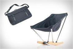 CADEIRA DE BALANÇO PORTÁTIL - EVRGRN CAMPFIRE ROCKER  A nova Evrgrn Campfire Rocker dá-lhe todo o conforto de uma cadeira de balanço em um design portátil de tamanho compacto, isso é fácil para embalar e levar com você na estrada.