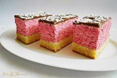 Retete Culinare - Prăjitură cu mousse de coacăze